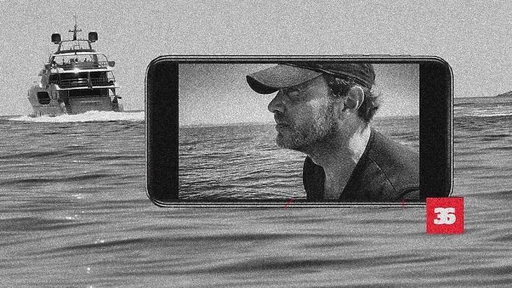 A Pegasus kémszoftverrel figyelték meg Németh Dániel fotós-újságírót is, aki korábban lefotózta többek között a magángéppel repülő Orbán Viktort és a luxusjachton nyaraló Szijjártó Pétert is. Fotó: Direkt36
