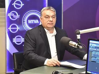 Adventi csoda: Orbán szerint nem az összeset, csak a tüntetők egy részét fizeti Soros