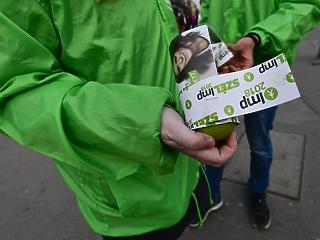 Adómentes minimálbér: újabb csokor választási ígéret érkezett