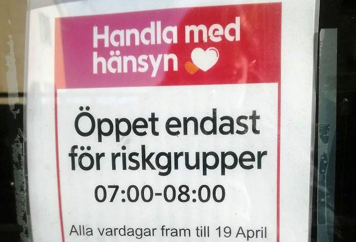 Felirat egy stockholmi üzletben 2020. április 16-án. Fotó: Gonda Zsuzsanna/Privátbankár.hu
