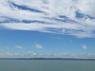 10 centivel megemelik a Balaton vízszintjét