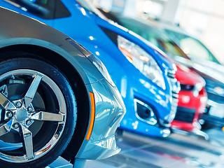 Akár ötven százalékkal is visszaeshet az új autók eladása