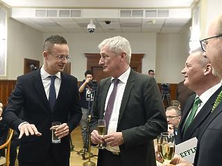 Szijjártó bejelentette: milliárdokat ad a kormány egy beruházásra