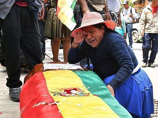 A nap képe: sorra gyilkolják a tüntetőket Bolíviában