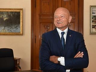 Patai Mihály maradt a tőzsde elnöke