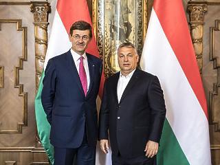 Orbán a Vodafone vezérével tárgyalt