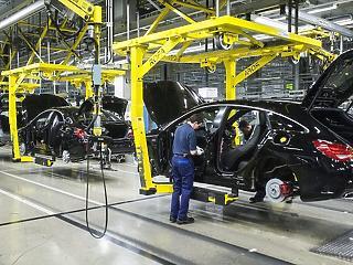 Egy év alatt 190 ezer Mercedest gyártottak Kecskeméten