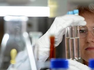 Amerikában ingyenessé teszik a koronavírus teszteket