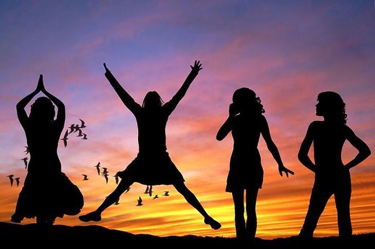 Rogán Antalék tárcája nőket és izmos férfiakat keres
