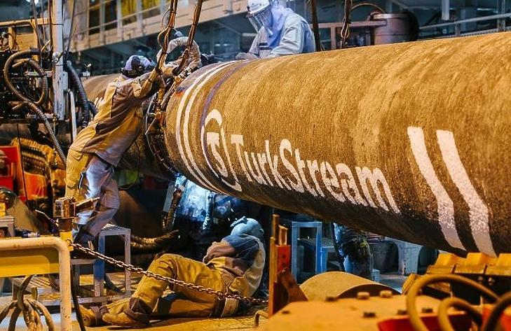 Szerbia felől is jöhetne orosz gáz, ha az amerikaiak nem fúrják meg a Török Áramlatot