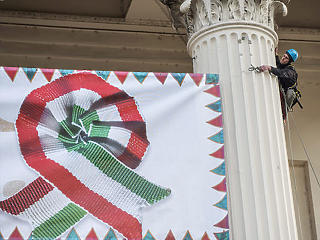 Orbán március 15-én viszi ki a Fideszt a Néppártból?