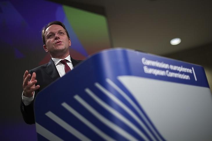 Gyorsítani akar a nyugat-balkáni bővítésen az Európai Bizottság