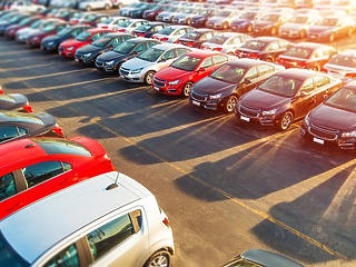 Coface: Magyarországon az autógyárak kaphatják a főszerepet