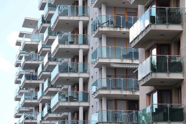 Belépett az ingatlanpiacra az első zöldmezős SZIT