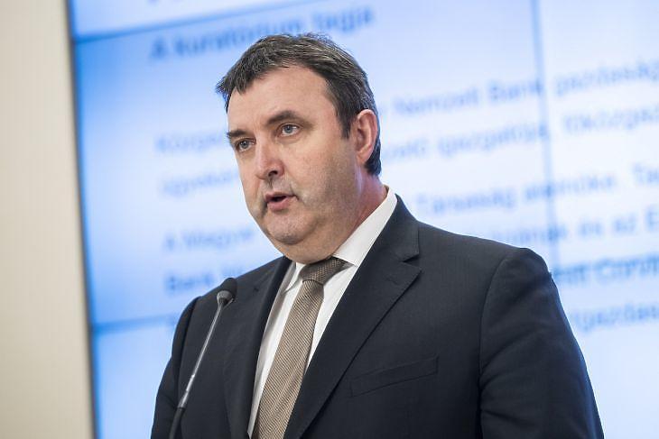 Az EU rábólintott, jönnek az új pályázatok - akár 5 milliárdot is kérhet majd egy cég