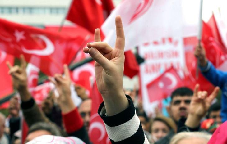 Törökországban is növekszik a feszültség (fotó: MTI/AFP)