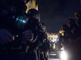 Polgárháborútól féltik Magyarországot