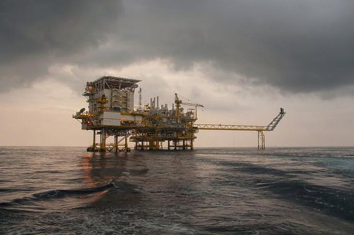 Egy természeti katasztrófa kellett ahhoz, hogy stabilizálódjanak a világpiaci olajárak