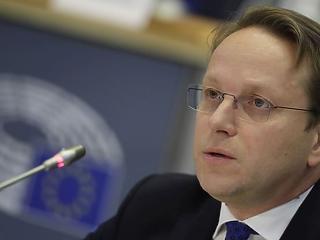 Elsőre elbukott Várhelyi az EP-ben