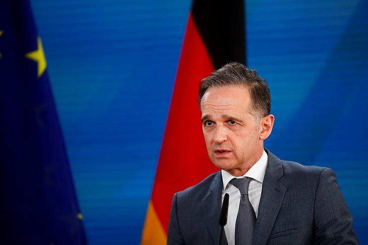 Heiko Maas német külügyminiszter egy berlini sajtótájékoztatón 2021. április 27-én. EPA/Markus Schreiber