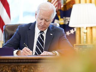Biden első 100 napja – drámaian zuhan a Covid-halottak száma