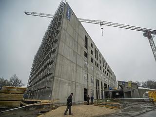 Érvágás lesz a lakásáfa megemelése – most igazán belehúz az építőipar