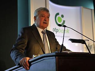 Olasz rivális sorolt be az OTP mellé a román bankért folytatott versenyfutásban