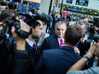 Betámadták Orbánt a média legyalulása miatt