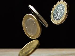 Brüsszel megvágta: kisebb szeletet kapunk a támogatásokból