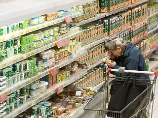 Többet vásárolnak és tankolnak a magyarok