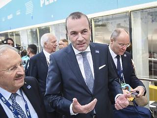 Weber elárulta, mit akar Orbántól