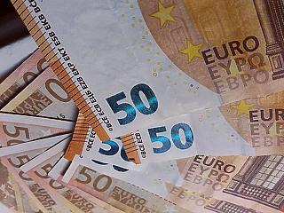 Európa bezár, már majdnem 370 forint az euró