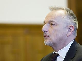 Jogerősen elítélték Hernádi Zsoltot - a horvát alkotmánybíróságtól mentheti fel