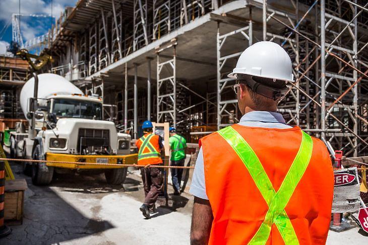 Nem álltak le az építkezések, de a tervezett irodaházak egy részét újra kell gondolni (fotó: pixabay.com)