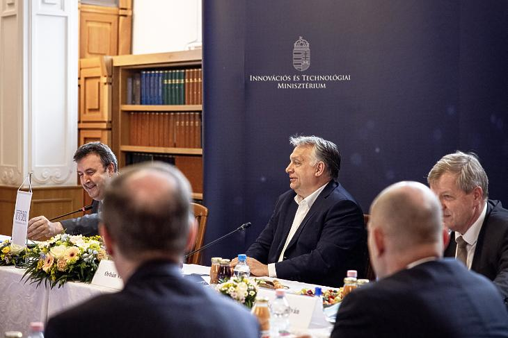 Új helyettes államtitkárt nevezett ki Orbán Viktor