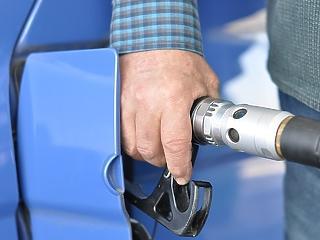 Drágább lett a benzin, de a dízel friss ára az igazi horror