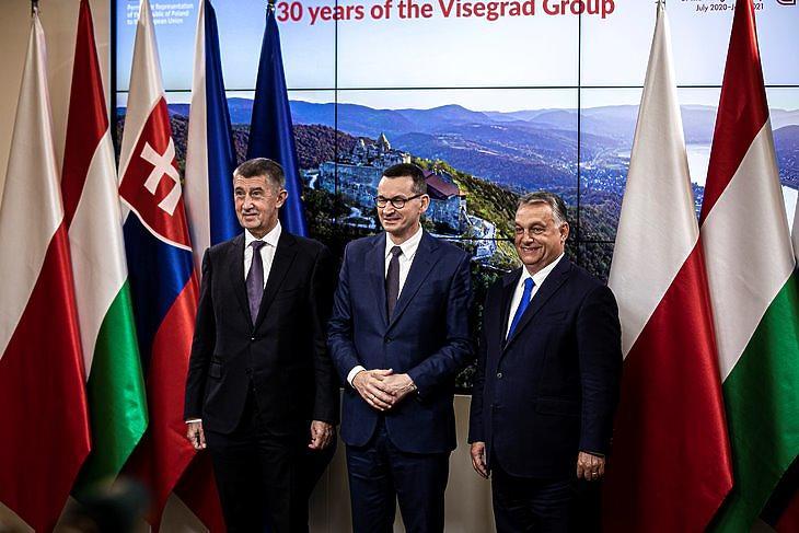 Nem tetszik Orbán Viktornak von der Leyen migrációs csomagja