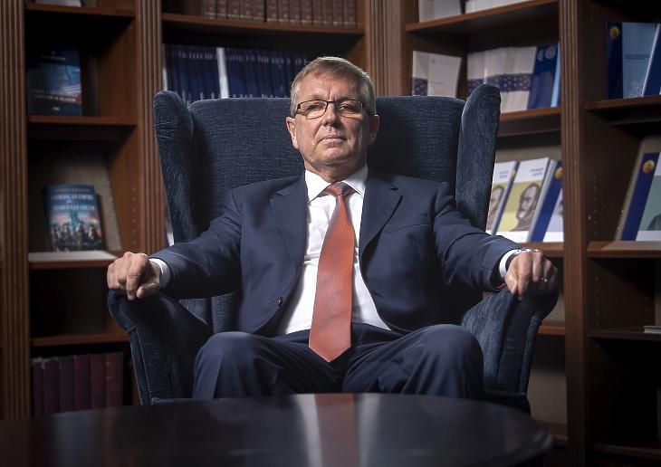 Matolcsy György, a Magyar Nemzeti Bank (MNB) elnöke a jegybank épületében 2020. április 16-án. MTI/Szigetváry Zsolt