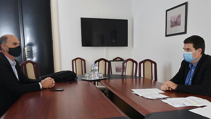 A mi hitelképességünk a kormánytól függ - véli Kiss Ambrus. Fotó: Bánkuti András