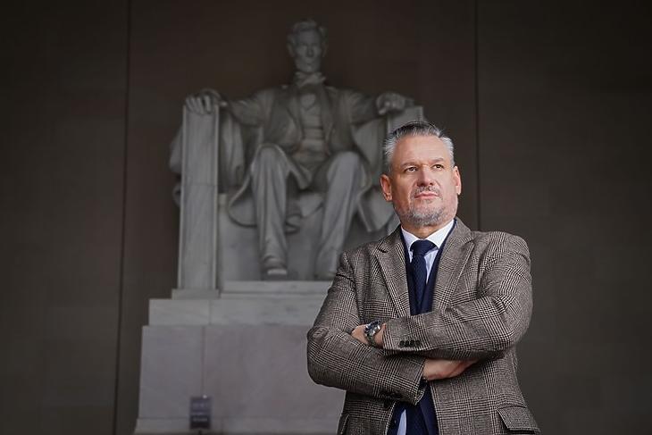 Az Egyesült Államok még mindig a világ vezető hatalma. Takács Szabolcs washingtoni magyar nagykövet. (Kép: Nagykövetség/Tony Powell)