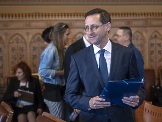 303,6 milliárd forintra csökkent az államháztartás hiánya