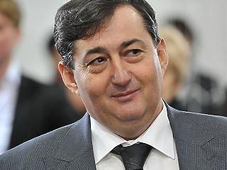 Az MKB és a Takarékbank finanszírozza az Opus részvény vásárlását