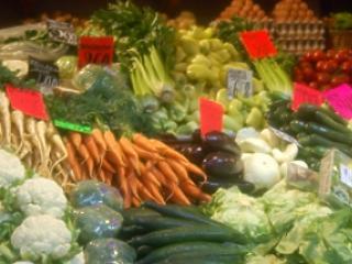 Új ellenőrzés indul – mintegy 280 élelmiszert vizsgál a minisztérium