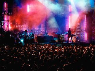 A kiöregedő sztárok roppanthatják meg a nemzetközi koncertipart