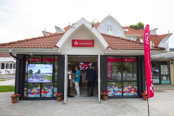 A felújított zalakarosi tourinform iroda az átadása napján, 2020. május 19-én. Fotó:  MTI/Varga György