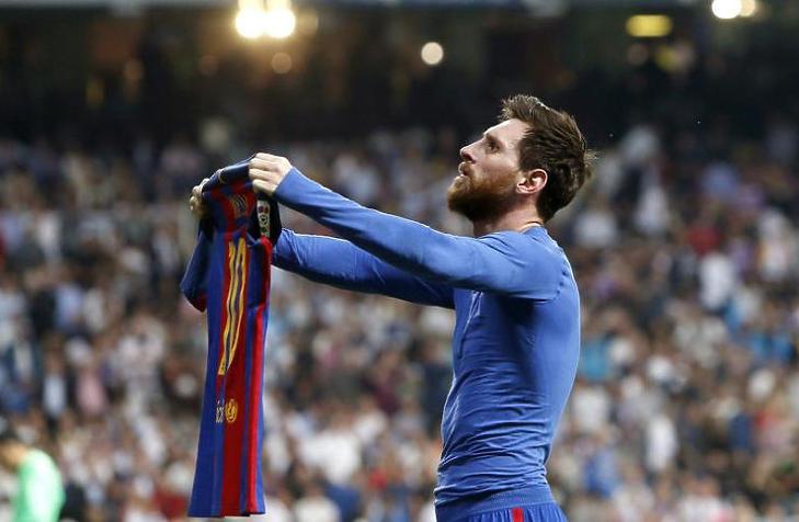 A legnagyobb sztárok továbbra sem mellőzhetik az ügynököket. Lionel Messi ügyeit családja intézi (Fotó: MTI/EPA/Juan Carlos Hidalgo)
