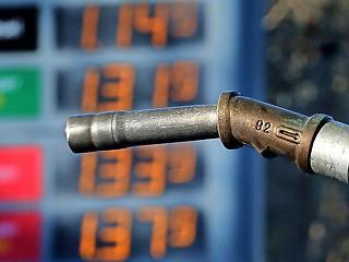 Brutális adóemelés, horror szintű benzinár - igaz vagy fake news?