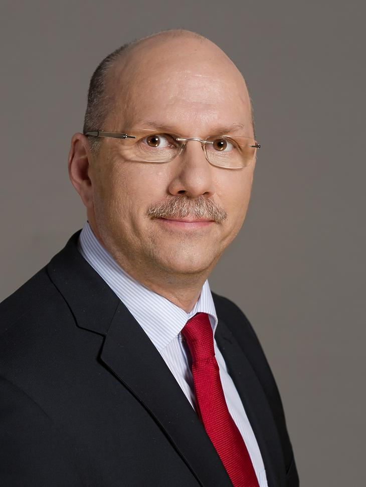 Hack Péter jogtudós