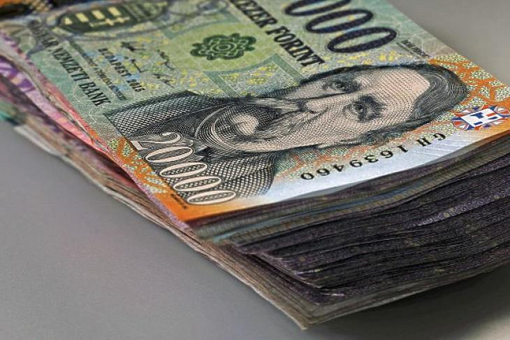 Korlátok közé szorították a készpénzfizetést (Fotó: MTI)