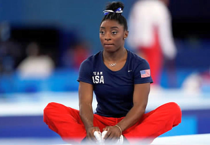 Simone Biles a tornasport egyik legnagyobb alakja, döntését mégis sokat kritizálták (Fotó: MTI/AP/Ashley Landis )